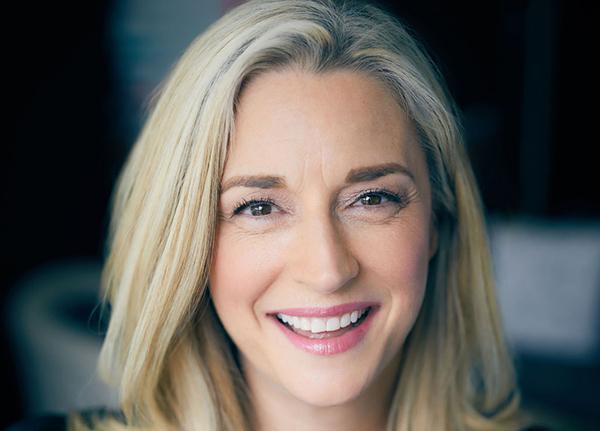 Photo of Lauren Brett
